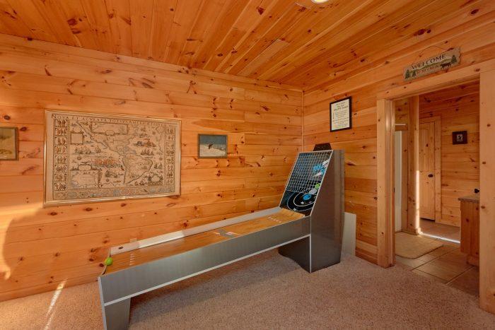 Pigeon Forge 3 Bedroom Cabin Sleeps 11 - Cherokee Hilltop