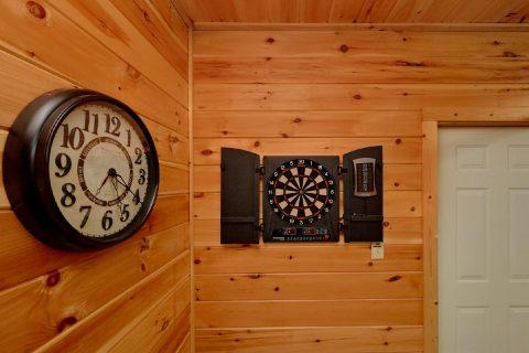 Pigeon Forge 3 Bedroom cabin with Dart Board - Cherokee Hilltop