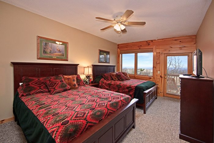 Bedroom with Two Queen Beds in Gatlinburg - City View Chalet