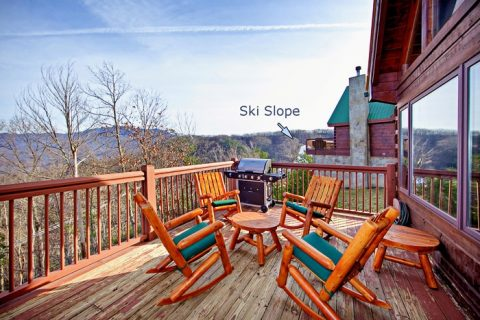 Great Cabin in the Mountains of Gatlinburg - City View Chalet