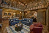 5 Bedroom 5 1/2 Bath Cabin Sleeps 16 Indoor Pool