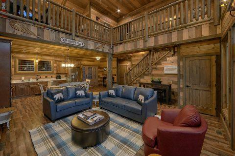5 Bedroom 5 1/2 Bath Cabin Sleeps 16 Indoor Pool - Cloud Bound