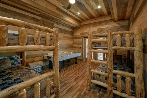 Bunk Bed Room with Games 5 Bedroom Cabin - Cloud Bound