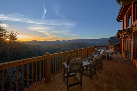 Large Decks with Spectacular Views 5 Bedroom - Cloud Bound