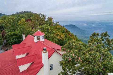 Mountain Top Luxury Rental Cabin with 4 bedrooms - Cloud View Manor