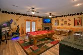 Luxury Rental Cabin with Pool Table Game Room