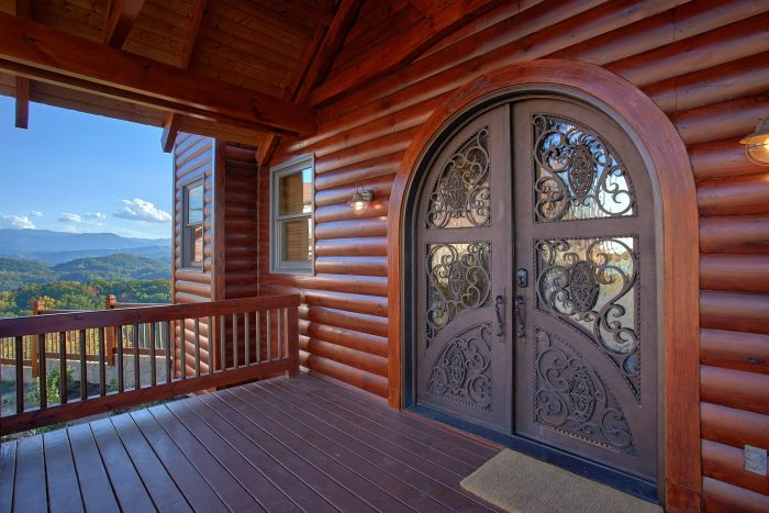 Premium Cabin with Spacious Front Porch - Copper Ridge Lodge