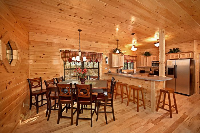 Cabin with Plenty of Dining Seating - Could Not Ask For More