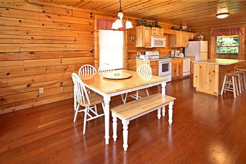 Cabin with Dining Table - Cowboy Up