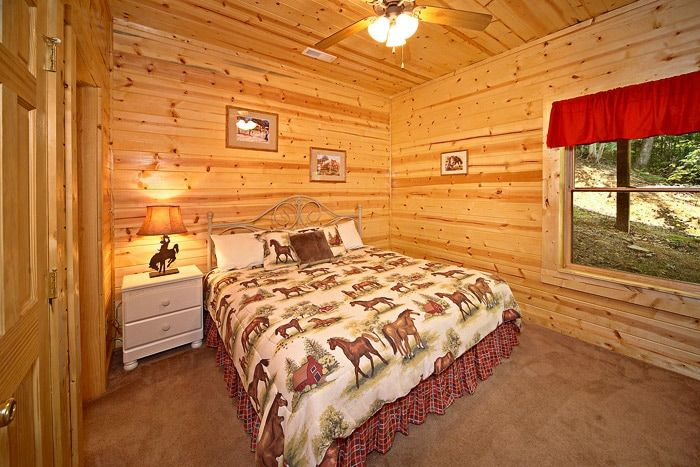 King Bedroom on Bottom Level - Cowboy Up