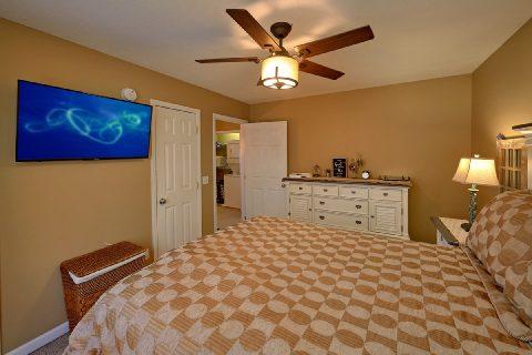 Spacious 2 Bedroom 2 Bath Vacation Home Sleeps 6 - Cozy Cuddles