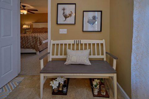 Beautiful 2 Bedroom Vacation Home Sleeps 6 - Cozy Cuddles