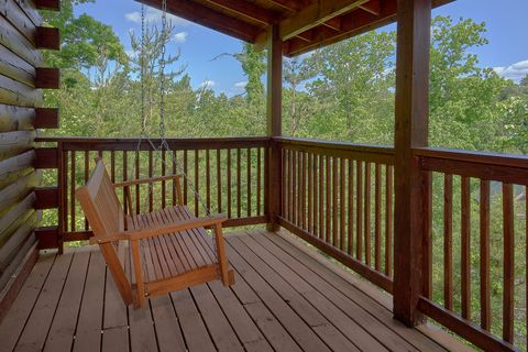 2 bedroom cabin with resort swimming pool access - Cozy Escape