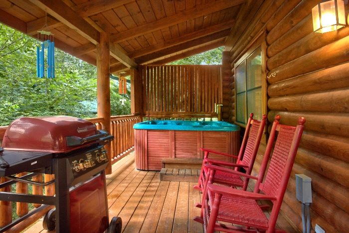 Cabin with Private Hot Tub overlooking a Creek - Creekside Hideaway