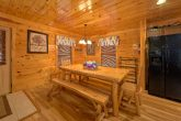 Spacious Cabin with Dining Area
