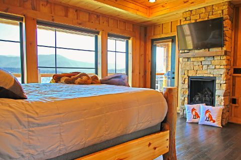 Master Bedroom WIth Fireplace - Crown Chalet