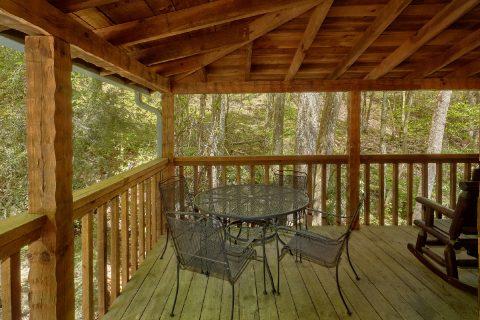 Cozy 1 bedroom wears valley cabin on the creek - Cuddle Creek Cabin