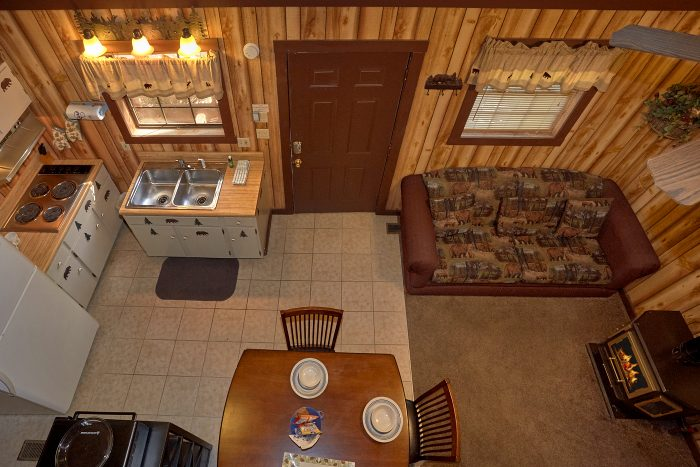 Smoky Mountain 1 Bedroom Cabin Sleeps 4 - Cuddles