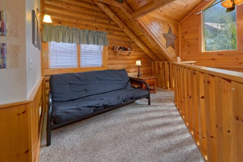 2 Bedroom Cabin in Pigeon Forge Sleeps 8 - Dainty's Digs