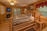 Main Floor Master Suite 2 Bedroom Cabin Sleeps 6