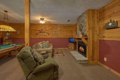 Game Room with Pool Table 2 Bedroom Sleeps 6 - Dancing Bear VII