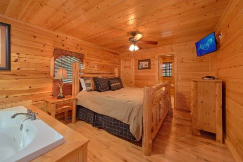 5 bedroom cabin with Private Master bedroom - Deer To My Heart