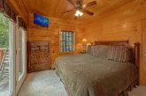 Rustic cabin with sleeper sofa and Arcade Game