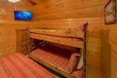 Group Size cabin with bunk beds and 5 bedrooms