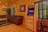 5 bedroom Cabin with Rocking chairs and View