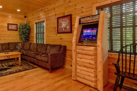 5 bedroom cabin with Game room and Arcade Games - Deer To My Heart