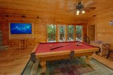 5 Bedroom cabin with Pool Table in Game room