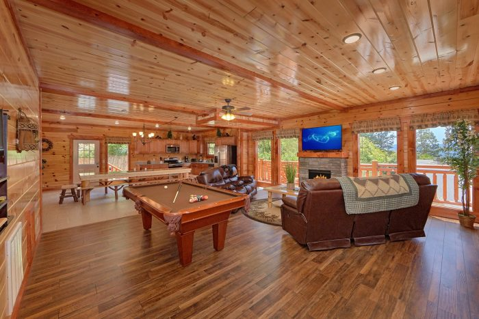 5 Bedroom Pool Cabin in Black Bear Ridge Resort - Dive Inn