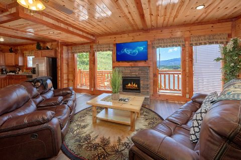 Smoky Mountain Luxury Cabin With Indoor Pool and Theater