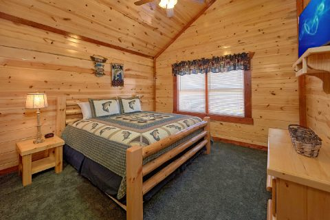 5 Bedroom Pool Cabin with 5 King Beds - Dive Inn
