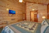 5 Bedroom and 5 Bath Smoky Mountain Pool Cabin
