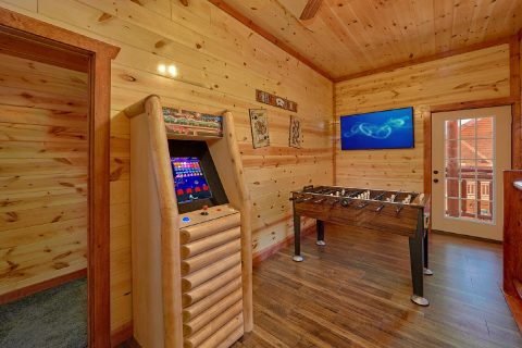 5 Bedroom Cabin with an Arcade Game - Dive Inn