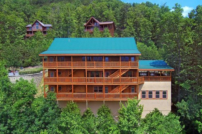 12 Bedroom Group Cabin Near Dollywood Cabins Usa Gatlinburg