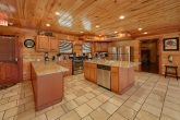 12 bedroom Cabin with Full Kitchen