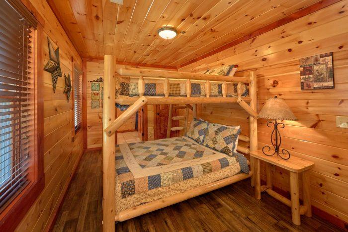 12 Bedroom cabin with Queen Bunk Beds - Dream Maker Lodge