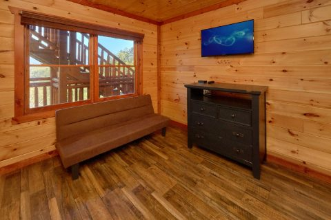3 story cabin with 12 bedrooms and 16 baths - Dream Maker Lodge