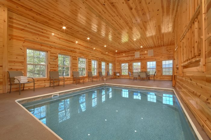 12 Bedroom Cabin with Private Indoor Pool - Dream Maker Lodge