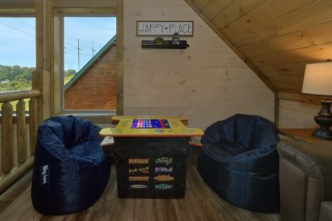 Open Lofe wit Arcade Game and Sitting Area - Dream Mountain Cove