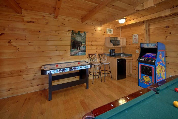Luxury Cabin with Air Hockey Games and Arcade - Dreamland