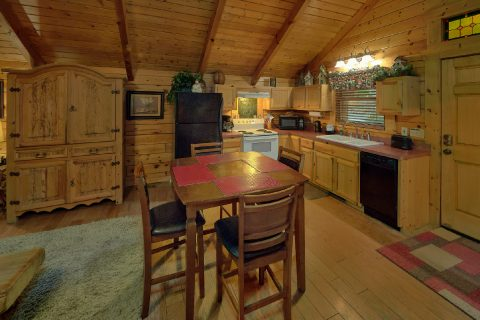 1 bedroom cabin with dining room for 4 - Dreamweaver