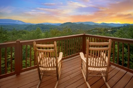 Big Sky View: 2 Bedroom Sevierville Cabin Rental