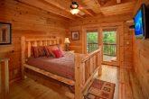 Cabin with Main floor King Bedroom