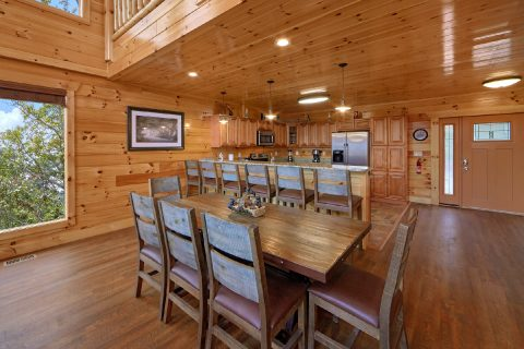 Cabin with Full size dining room and Kitchen - Elk Ridge Lodge