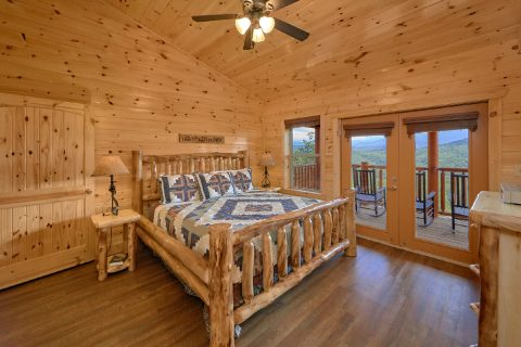 Luxury Cabin with Master Bedroom on main level - Elk Ridge Lodge