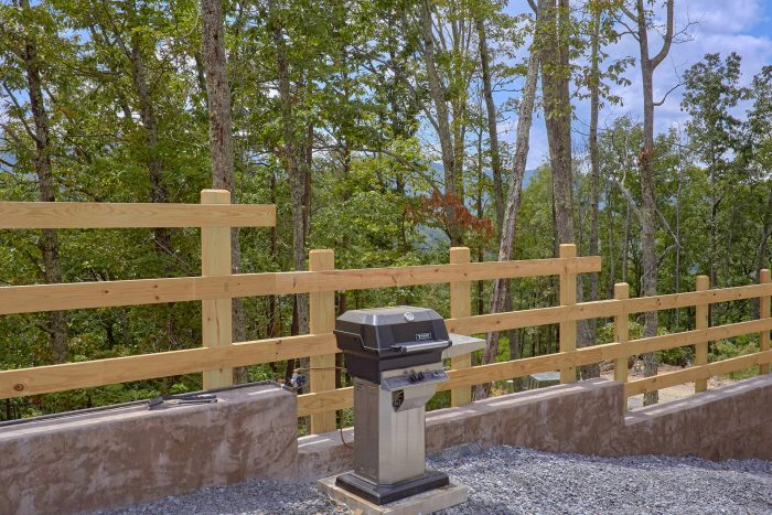5 Bedroom Cabin with Gas Grill and Hot Tub - Elk Ridge Lodge