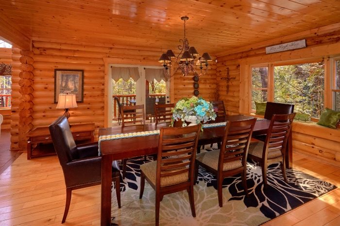 Gatlinburg 5 Bedroom Cabin Sleep 14 with Dining - Elkhorn Lodge